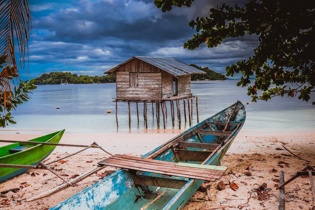 Ilike liveaboard cruise from Raja Ampat to Triton Bay - Yenbeser village