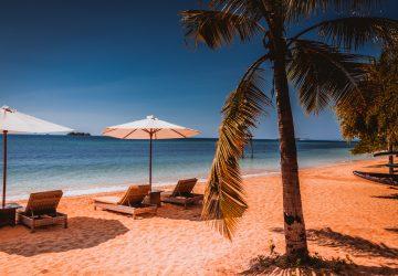 The Seraya hotel beach